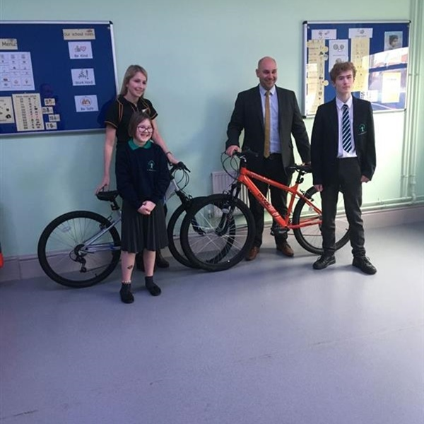 Loren's email gets two bikes for Oakbridge