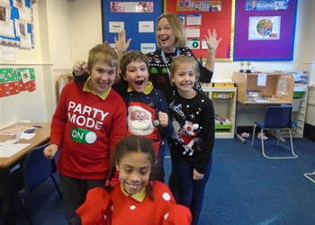 Christmas Fundraising at Arc School Napton